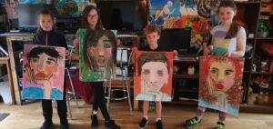 0 18 - Ennis Art School