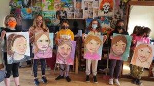0 31 - Ennis Art School