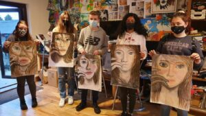 0 42 - Ennis Art School